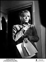 Prod DB © Columbia / DR<br /> LES VAINQUEURS (THE VICTORS) de Carl Foreman 1963<br /> GB / USA<br /> avec Jeanne Moreau<br /> d'apres le roman THE HUMAN KIND de Alexander Baron