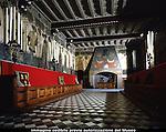 Le sale interne del Castello Medievale nel Parco del Valentino. The inner rooms of the medieval castle in Valentino park. 2005.