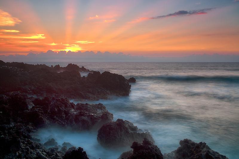 Sunset with God's rays. The Kohala Coast. The Big Island, Hawaii.
