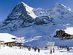 CHE, Schweiz, Kanton Bern, Berner Oberland, Grindelwald: Skiregion Kleine Scheidegg mit Eiger (3.970 m) und Moench (4.107 m) | CHE, Switzerland, Canton Bern, Bernese Oberland, Grindelwald: Kleine Scheidegg - ski area with Eiger and Moench mountains