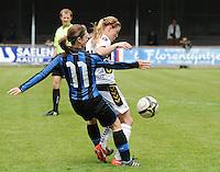 Club Brugge Dames - Telstar Ijmuiden : duel tussen Barbara Lezy (links) en Claudia Van Den Heiligenberg<br /> foto Dirk Vuylsteke / nikonpro.be