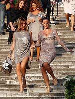 Le sorelle Ilaria, a sinistra, e Samantha De Grenet scendono la scalinata della Basilica di Santa Maria in Aracoeli al termine della cerimonia nuziale di Valeria Marini e Giovanni Cottone, a Roma, 5 maggio 2013..UPDATE IMAGES PRESS/Riccardo De Luca