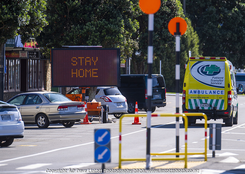 Tawa town centre during lockdown for the COVID19 pandemic in Wellington, New Zealand on Wednesday, 15 April 2020. Photo: Dave Lintott / lintottphoto.co.nz