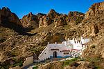 Spanien, Andalusien, Provinz Granada, Guadix: Hoehlenwohnung   Spain, Andalusia, Province Granada, Guadix: cave dwelling