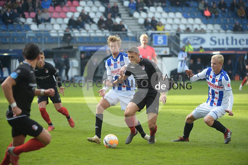 VOETBAL: HEERENVEEN: 04-11-2018, Abe Lenstra Stadion, SC Heerenveen - FC Emmen, uitslag 1 - 1, ©foto Martin de Jong