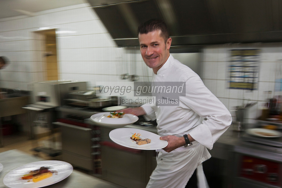 urope/France/Bretagne/56/Morbihan/Vannes: Olivier Samson restaurant La Gourmandière  au lieu dit Poignant en cuisine [Non destiné à un usage publicitaire - Not intended for an advertising use]