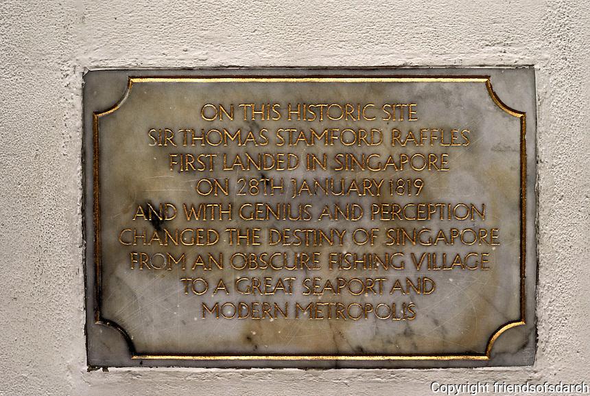 Singapore: Plague commemorating Raffles Landing Place. Photo '82.
