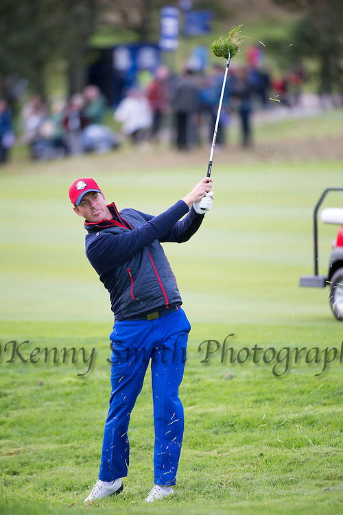 American Jordan Speith plays from the rough to the 11th green during a practice session at Gleneagles Golf Course, Perthshire. Photo credit should read: Kenny Smith/Press Association Images.