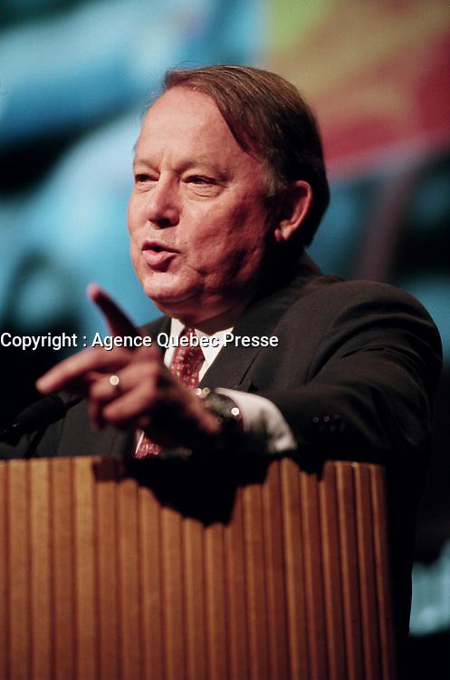 Montreal (Qc) CANADA - May 6 1999<br /> -File Photo -<br /> Bernard Landry speak at the 1999  Union des Municipalite du Quebec (UMQ) Convention