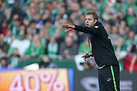 15.04.2018, Football 1. Bundesliga 2017/2018, 30.  match day, SV Werder Bremen - RB Leipzig, Weserstadium Bremen. Trainer Florian Kohfeldt (Werder Bremen)  *** Local Caption *** © pixathlon<br /> <br /> Contact: +49-40-22 63 02 60 , info@pixathlon.de