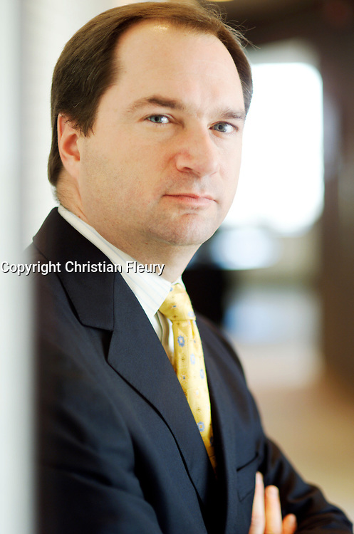 September 2004, File Photo, Montreal (Qc) CANADA<br /> Exclusive Photo<br /> Robert Milton, CEO Air Canada