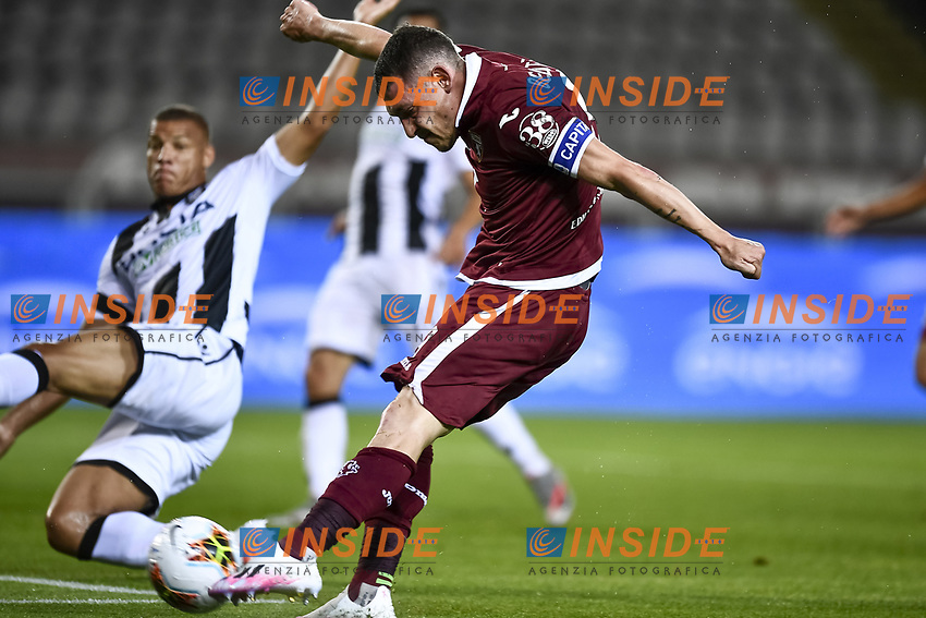 Andrea Belotti of Torino FC  scores the goal of 1-0 during the Serie A football match between Torino FC and Udinese at Olimpico stadium in Torino ( Italy ), June 23th, 2020. Play resumes behind closed doors following the outbreak of the coronavirus disease. <br /> Photo Image Sport / Insidefoto