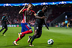 Yannick Ferreira Carrasco (l) of Atletico de Madrid fights for the ball with Victor Moses of Chelsea FC during the UEFA Champions League 2017-18 match between Atletico de Madrid and Chelsea FC at the Wanda Metropolitano on 27 September 2017, in Madrid, Spain. Photo by Diego Gonzalez / Power Sport Images
