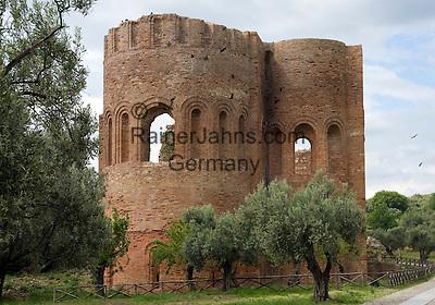 Italy, Calabria, Roccelletto di Borgia: archeological excavation Parco Archeologico di Scolacium -  La Roccelletta: Basilica di S. Maria della Roccella