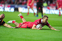 Paul Asquith of Scarlets scores his sides second try during the Guinness Pro14 Round 5 match between Scarlets and Isuzu Southern Kings at the Parc Y Scarlets in Llanelli, Wales, UK. Saturday 29 September 2018
