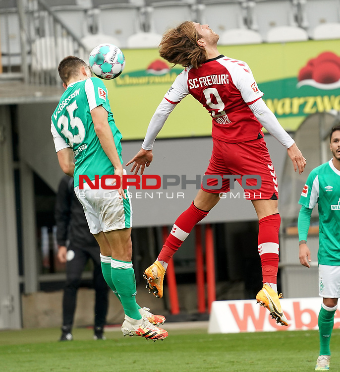 17.10.2020, Schwarzwald Stadion, Freiburg, GER, 1.FBL, SC Freiburg vs SV Werder Bremen<br /> <br /> im Bild / picture shows<br /> Maximilian Eggestein (Bremen), Lucas Höler (Freiburg)<br /> <br /> Foto © nordphoto / Bratic<br /> <br /> DFL REGULATIONS PROHIBIT ANY USE OF PHOTOGRAPHS AS IMAGE SEQUENCES AND/OR QUASI-VIDEO.