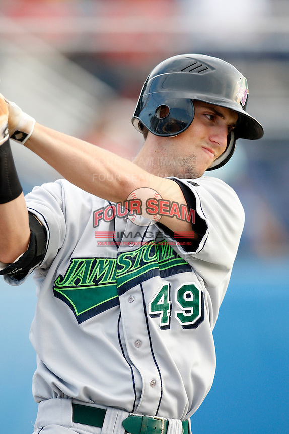 July 24, 2009:  First Baseman Dustin Dickerson of the Jamestown Jammers  during a game at Dwyer Stadium in Batavia, NY.  The Jammers are the NY-Penn League Short-Season Single-A affiliate of the Florida Marlins.  Photo By Mike Janes/Four Seam Images