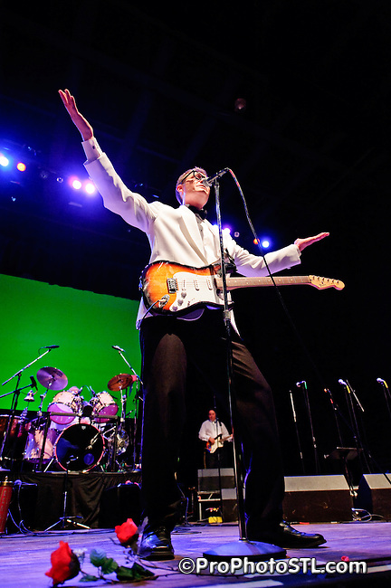 THOMAS HICKEY as BUDDY HOLLY performing at The Pageant in Saint Louis on Jan 10, 2009.