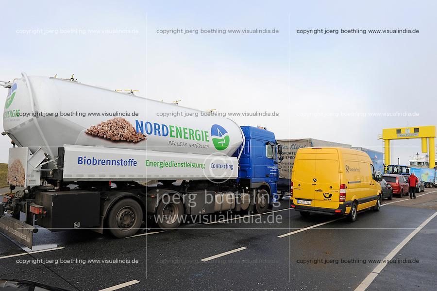 GERMANY transport of wood pellets, which are used for heating / DEUTSCHLAND, Faehre Pellworm, Transport von Holzpellets zum Heizen