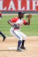 July 6, 2008: Everett AquaSox shortstop George Soto awaits a throw to second base during a Northwest League game against the Yakima Bears at Everett Memorial Stadium in Everett, Washington.