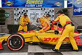 Ryan Hunter-Reay, Andretti Autosport Honda celebrates the win