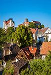 Deutschland, Freistaat Sachsen, Saechsische Schweiz, Ort Hohnstein mit Burg Hohnstein im Polenztal   Germany, the Free State of Saxony, Saxon Switzerland, Hohnstein with castle Hohnstein at Polenz Valley
