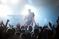 Die Hip-Hop-Gruppe Antilopen Gang aus Duesseldorf, Koeln und Berlin spielte am Samstag den 14. Maerz 2015 im ausverkauften Berliner Club SO36.<br /> Die Band besteht aus den Rappern Koljah Kolerikah, Panik Panzer und Danger Dan (im Bild) und steht beim Toten Hosen-Label JKP unter Vertrag.<br /> 14.3.2015, Berlin<br /> Copyright: Christian-Ditsch.de<br /> [Inhaltsveraendernde Manipulation des Fotos nur nach ausdruecklicher Genehmigung des Fotografen. Vereinbarungen ueber Abtretung von Persoenlichkeitsrechten/Model Release der abgebildeten Person/Personen liegen nicht vor. NO MODEL RELEASE! Nur fuer Redaktionelle Zwecke. Don't publish without copyright Christian-Ditsch.de, Veroeffentlichung nur mit Fotografennennung, sowie gegen Honorar, MwSt. und Beleg. Konto: I N G - D i B a, IBAN DE58500105175400192269, BIC INGDDEFFXXX, Kontakt: post@christian-ditsch.de<br /> Bei der Bearbeitung der Dateiinformationen darf die Urheberkennzeichnung in den EXIF- und  IPTC-Daten nicht entfernt werden, diese sind in digitalen Medien nach §95c UrhG rechtlich geschuetzt. Der Urhebervermerk wird gemaess §13 UrhG verlangt.]