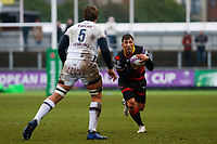 Gavin Henson of Dragons is marked by Jandre Marais of Bordeaux Begles during the European Challenge Cup match between Dragons and Bordeaux Begles at Rodney Parade, Newport, Wales, UK. 20 January 2018