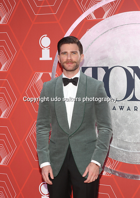 Andrew Burnap attends the 74th Tony Awards-Broadway's Back! arrivals at the Winter Garden Theatre in New York, NY, on September 26, 2021. (Photo by Udo Salters/Sipa USA)