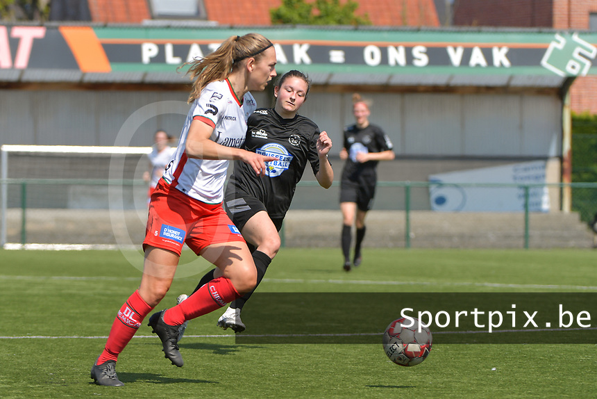 Pauline Windels (5) of Zulte Waregem and Kenza Vrithof (9) of Woluwe  pictured during a female soccer game between SV Zulte - Waregem and White Star Woluwe on the 10 th and last matchday in play off 2 of the 2020 - 2021 season of Belgian Scooore Womens Super League , saturday 29 of May 2021  in Zulte , Belgium . PHOTO SPORTPIX.BE | SPP | DIRK VUYLSTEKE