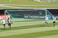 Training wird vorbereitet - Seefeld 30.05.2021: Trainingslager der Deutschen Nationalmannschaft zur EM-Vorbereitung
