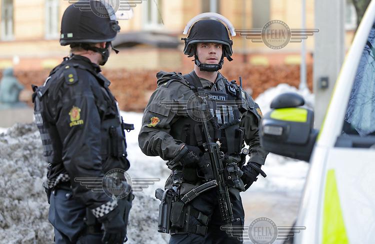 A man fired several shots on the grounds of Ullevaal hospital in Oslo. After some time the man was arrested. Photo:Fredrik Naumann/Felix Features<br /> <br /> Skyting Ullevål Sykehus.<br /> Gjerningsmann pågrepet av politiet.