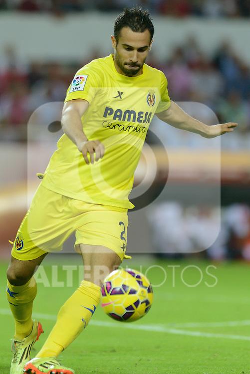 Villarreal's Mario during the match between Sevilla FC and Villarreal day 9 spanish  BBVA League 2014-2015 day 5, played at Sanchez Pizjuan stadium in Seville, Spain. (PHOTO: CARLOS BOUZA / BOUZA PRESS / ALTER PHOTOS)