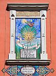 Oesterreich, Kaernten, Spittal an der Drau: Sonnenuhr an einer Hausfassade | Austria, Carinthia, Lake Millstatt, Spittal: sundial