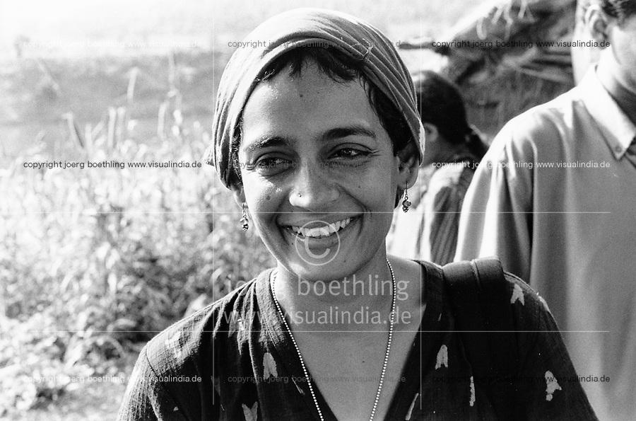 India, Narmada River, Narmada dams and protest movement of NBA Narmada Bachao Andolan, movement to save the Narmada river, and affected Adivasi in their villages, tribal village Domkhedi, rally in September 2000, Arundhati Roy