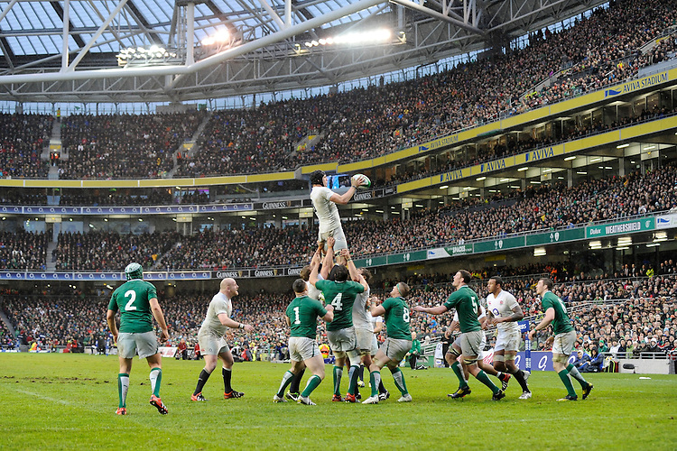 Tom Wood of England wins a lineout during the RBS 6 Nations match between Ireland and England at the Aviva Stadium, Dublin on Sunday 10 February 2013 (Photo by Rob Munro)