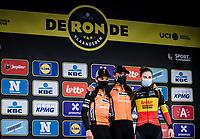 podium:<br /> <br /> 1st place: Chantal van den Broek-Blaak (NED/Boels-Dolmans)<br /> 2nd place: Amy Pieters (NED/Boels-Dolmans)<br /> 3th place: Lotte Kopecky (BEL/Lotto-Soudal)<br /> <br /> 17th Ronde van Vlaanderen 2020<br /> Elite Womens Race (1.WWT)<br /> <br /> One Day Race from Oudenaarde to Oudenaarde 136km<br /> <br /> ©kramon