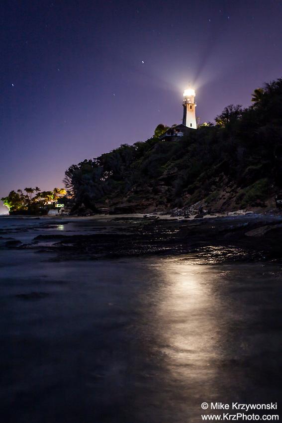 Diamond Head Lighthouse at night, Honolulu
