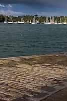 France, Ille-et-Vilaine (35), Côte d'Emeraude, vallée de la Rance, env de Saint-Malo, Quelmer :  La Vallée de la Rance à la Cale de la Passagère // France, Ille et Vilaine, Cote d'Emeraude (Emerald Coast), Rance Valley,  surroundings St Malo, Quelmer  Valley Rance
