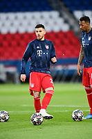 13th April 2021; Parc de Princes, Paris, France; UEFA Champions League football, quarter-final; Paris Saint Germain versus Bayern Munich;  <br /> Lucas Hernandez (Bayern) during warm up