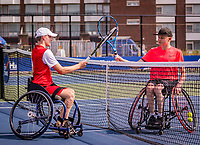 Amstelveen, Netherlands, 19 Augustus, 2020, National Tennis Center, NTC, NKR, National  Junior Wheelchair Tennis Championships, Maarten ter Hofte (NED) (L) winns and receives congrats from Robin Groenewoud (NED) in the corona covid-19 way by taching rackets<br /> Photo: Henk Koster/tennisimages.com