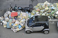 - AMSA (Azienda Milanese Servizi Ambientali), servizio di raccolta dei rifiuti <br /> <br /> - AMSA (Milan Company for Environmental Services), waste collection service