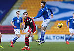 St Johnstone v St Mirren…16.01.21   McDiarmid Park     SPFL<br />Scott Tanser gets above Dylan Connolly<br />Picture by Graeme Hart.<br />Copyright Perthshire Picture Agency<br />Tel: 01738 623350  Mobile: 07990 594431