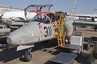 - military training aircraft Aermacchi 311  (Italy)....- aereo da addestramento militare Aermacchi 311 (Italy)