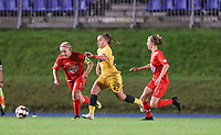 Woluwe's Jana Simons (L), Standard's Davinia Vanmechelen (M) and Woluwe's Selina Gijsbrechts (R) in action during a female soccer game between FC Femina WS Woluwe and Standard Femina de Liege on the fourth match day of the 2020 - 2021 season of Belgian Womens Super League , Friday 8th of October 2020  in Liege , Belgium . PHOTO SPORTPIX.BE   SPP   SEVIL OKTEM
