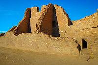 Pueblo Bonito, Chacoan great house, Ancestral Puebloan archaeological site, Chaco Culture National Historical Park, Chaco Canyon, New Mexico, USA