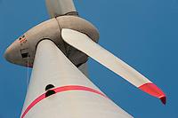 Europa Deutschland DEU Hamburg ,  Enercon Windkraftanlage E-126 mit 6 MW Leistung in Altenwerder , weltweit groesste Windmuehle  / Europe Germany GER Hamburg , Enercon windmill E-126 with performance of 6 MW in Hamburg harbour area Altenwerder