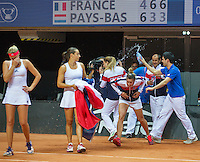 Arena Loire,  Trélazé,  France, 16 April, 2016, Semifinal FedCup, France-Netherlands, Doubles: Garcia/Mladenovic (FRA)  win the final match end celebrate with the team, <br /> Photo: Henk Koster/Tennisimages