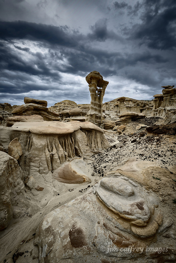 Bizarre eroded formations in a small drainage along the edge of Ah Shi Sle Pah Wash in New Mexico's San Juan Basin