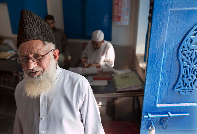 Sarfraz Ahmed Naeemi, Principle of the Jamianaeemia school which is a branch of the Bareldi sect of Sufi Islam in Lahore, Pakistan. Sarfraz is part of an alliance formed by several moderate religious clerics to support the Pakistani Government in its fight against the Taliban in Swat and is teaching its new ideas in the schools.